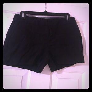 Blank chino shorts. Banana Republic